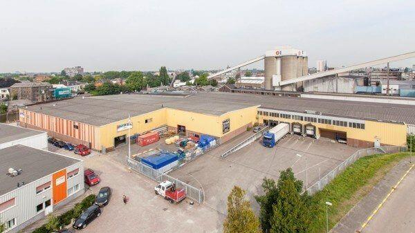 DHG VERHUURT AAN DECOR WONEN & SLAPEN