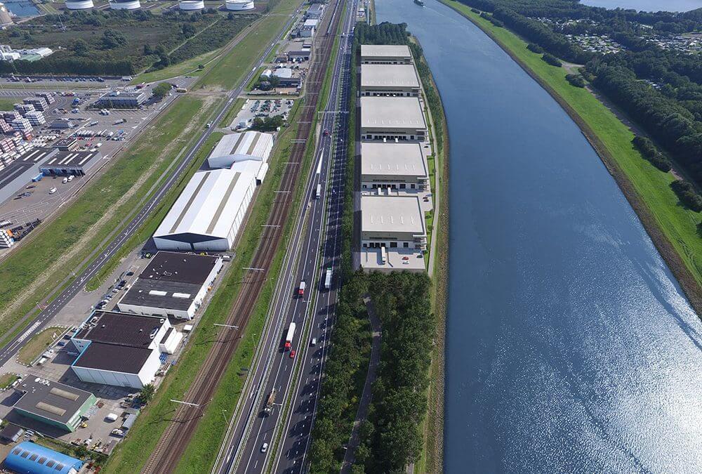 DHG VERHUURT CA. 17.000 M² AAN HELLMANN WORLDWIDE LOGISTICS IN ROTTERDAM